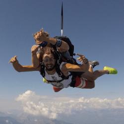 saut parachute VIP Benni Mellal
