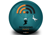 Skydiving France by Baz2coM